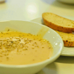 Soup of the day(with garlic bread)